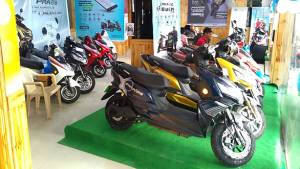 Indian electric two-wheeler brand Okinawa Scooters opens new dealership in Delhi