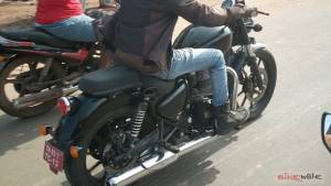 Next-gen BSVI Royal Enfield Thunderbird spotted in India again