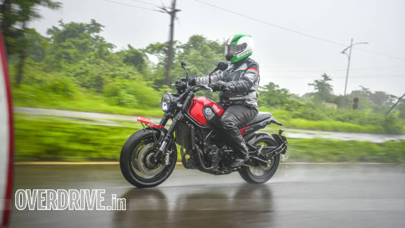 Benelli Leoncino 500 road test review