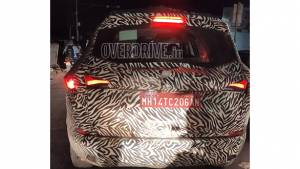 Seven-seater Tata Harrier SUV spotted in Pune - launch expected early 2020