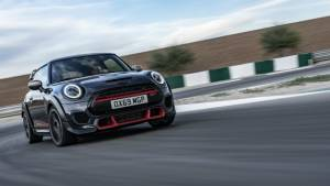 Mini to get back the manuals in 2021, in the US