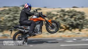 2020 KTM 790 Duke road test review