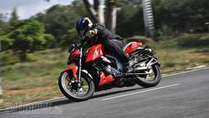 BSVI TVS Apache RTR 160 4V in pictures
