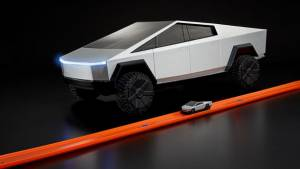 Hot Wheels RC Tesla Cybertruck is a must have!