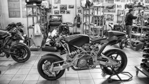Tracking the Vyrus - a bespoke motorcycle manufacturer from Italy