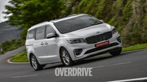 2020 Kia Carnival road test review