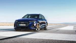Audi e-tron S and Audi e-tron S Sportback electric SUVs revealed
