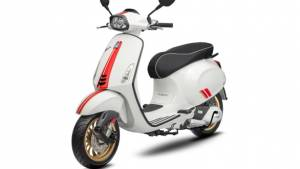 2020 Vespa Racing Sixties launched at Rs 1.19 lakh