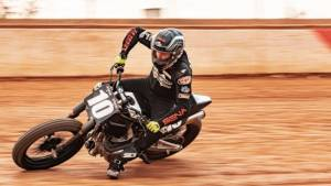 Royal Enfield Twins FT makes a debut at the American Flat Track competition