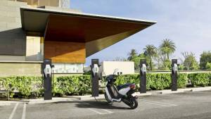 Ather Energy to setup India's biggest public charging infrastructure for two- and four-wheelers with Ather Grid