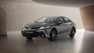 2021 Toyota Camry Hybrid facelift unveiled internationally