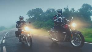 Comparison: Royal Enfield Classic 350 BSVI vs Benelli Imperiale 400 BSVI