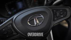Tata Motors' shareholders approve splitting off passenger vehicle business into new entity