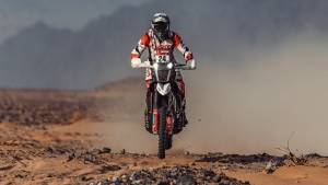 Dakar 2021: Both Hero MotoSports riders advance into top 15 overall after Stage 10