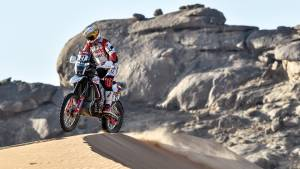 Dakar 2021: Two top-15 stage finishes for the Hero MotoSports team in Stage 2
