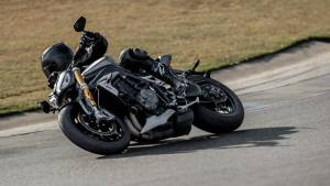 2021 Triumph Speed Triple 1200 RS revealed, gets more power, lower weight and more tech