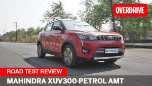 Mahindra XUV300 petrol AMT review | Compact SUV you've been waiting for ?