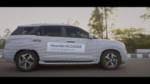 2021 Hyundai Alcazar revealed in camouflaged form ahead of global debut