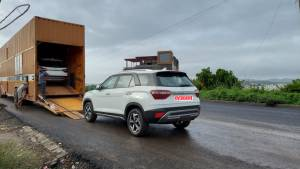 Hyundai Alcazar spied at dealership ahead of June 18 launch