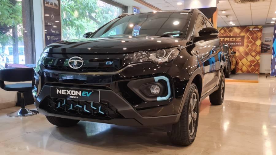 2021 Tata Nexon EV Dark Ediiton esterior front