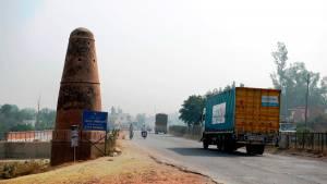 Indian Highways - And the historic Kos Minars or Mile Pillars