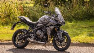 Triumph officially teases the upcoming Tiger Sport 660