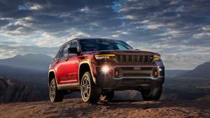 India-bound new generation Jeep Grand Cherokee revealed internationally