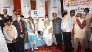 Mercedes-Benz India set up an oxygen plant with Bharat Vikas Parishad in Pune