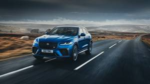 Jaguar commence the deliveries of the new F-Pace SVR, prices start at Rs 1.51 crore