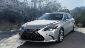 Lexus ES facelift launched in India at Rs 56.65 lakh